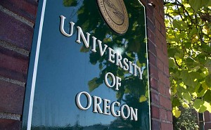 University of Oregon sign on Kincaid Street